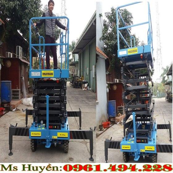xe-thang-nang-nguoi-9m-300-kg-500-kg-1-.jpg
